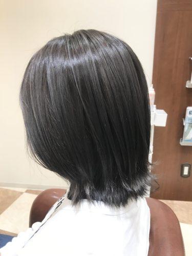 グレー ダーク アッシュ 【2021年最新】美容師が選ぶアッシュグレーにおすすめの市販商品と色落ちを防ぐ方法